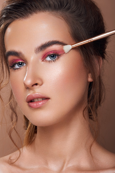 Beauty photographer and retoucher in India
