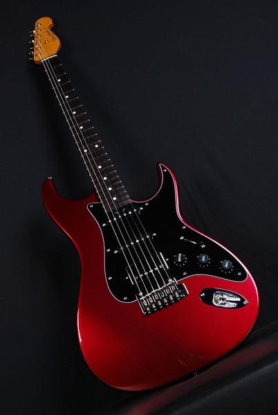 Don Grosh Retro Classic Custom in Black Cherry Metallic, SSH Pickups