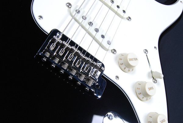 Retro Classic Custom, Black, SSS Pickups