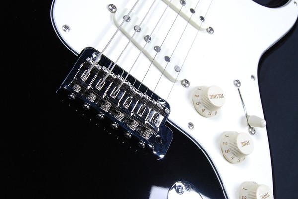 Retro Classic Custom, Black, SSS Pickups