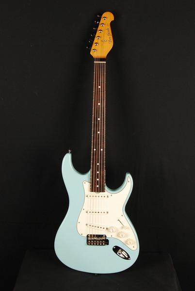 Don Grosh Retro Classic Custom in Daphne Blue, SSS Pickups