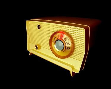 Retro Classic Table Radio  1