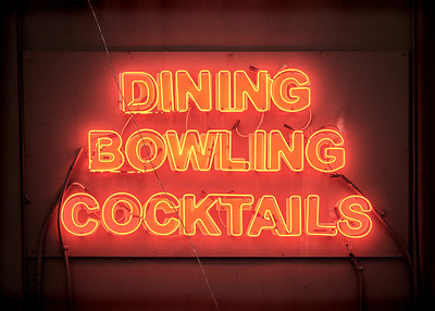 DINING BOWLING COCKTAILS