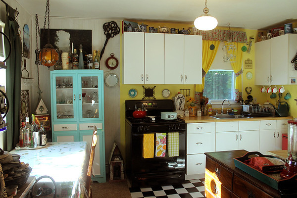 Retrolicious Thistlebright Kitchen Update!