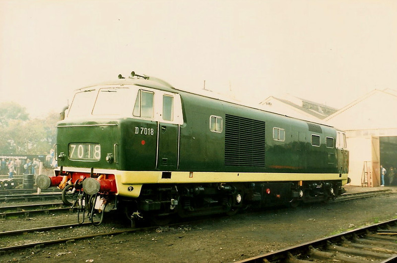D7018 stands on display at the Great Western Railway Centre at Didcot on 24 October 1987