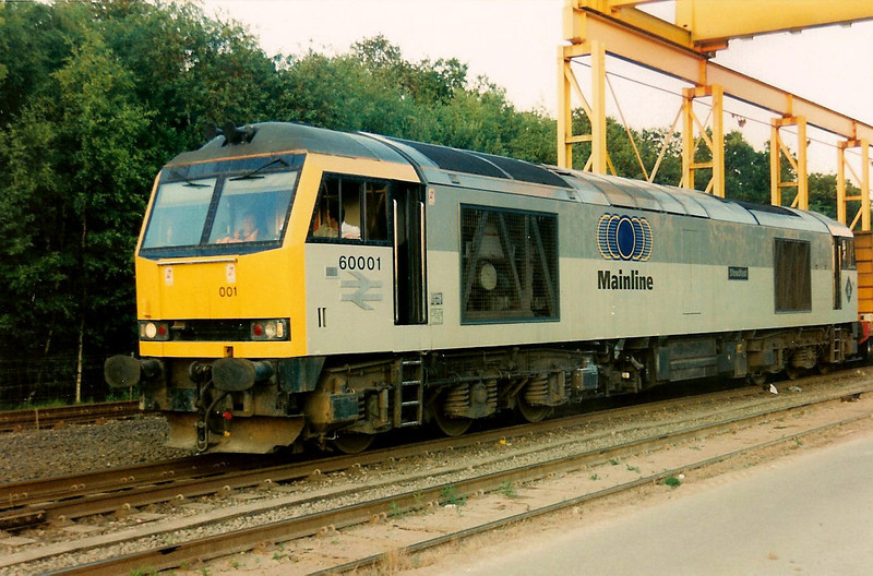 Pioneer 60001 Steadfast stands at Calvert on 29 June 1995 having arrived on the 6A71 1925 ex Northolt.