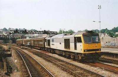 Mainline branded 60094 Tryfan passes Newport on 28 June 2000.