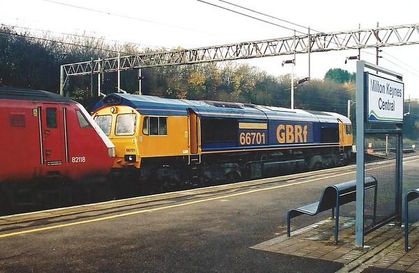 66701 Wolverton 2 December 2001