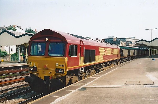66159 pauses at Newport on 28 June 2000.