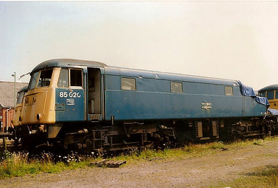 85020 minus one cab at Crewe Electric Depot on 22 July 1989. She ran into the back of a freight train at Warrington Walton Old Junction Yard on 27 February 1989 resulting in her immediate condemnation.