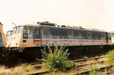 Faded paintwork from her time working ECS stock to /from Wembley,82008 sits on CE TMD on 22 July 1989. 82008 is the sole surviving member of class 82.