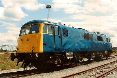 An anonymous 82008 catches the sun at Crewe Railfair on 21 August 1994.