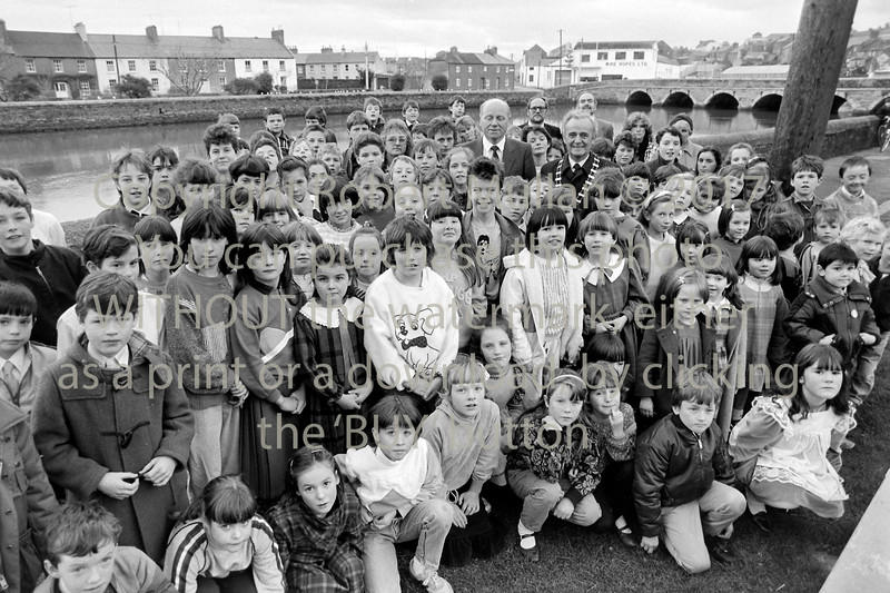 Large group in Wicklow - circa 1990