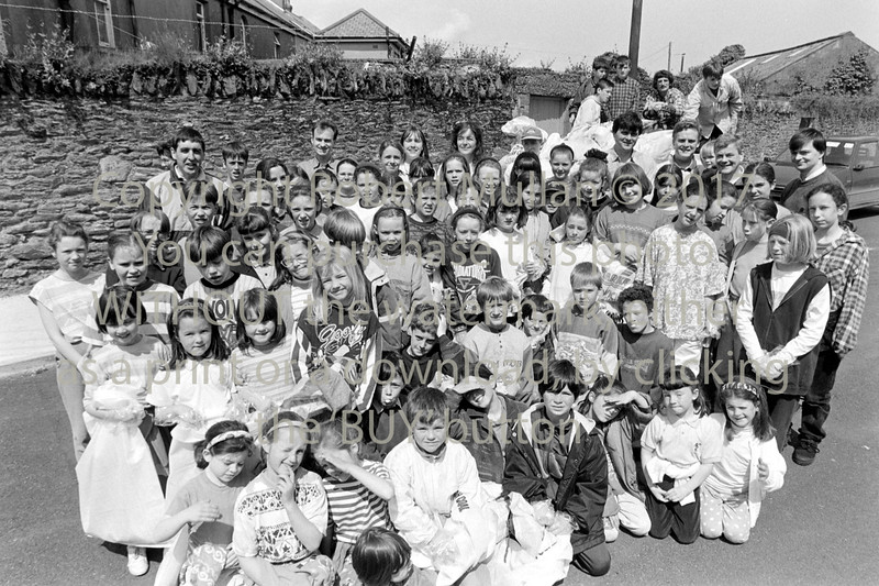 A group of young people from Wicklow who took part in a 'clean up' - 1980s/90s