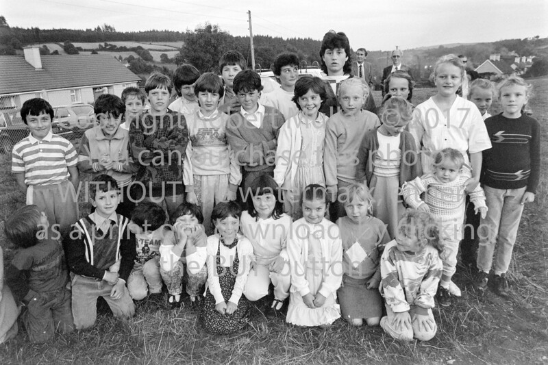 A group of children from Ballinaclash in 1987