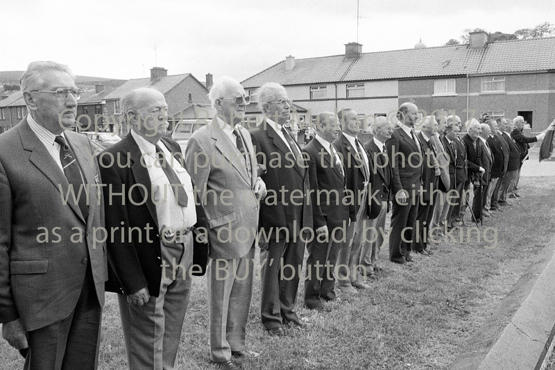 ONE members line out at the Murrough, Wicklow - 1980s/90s