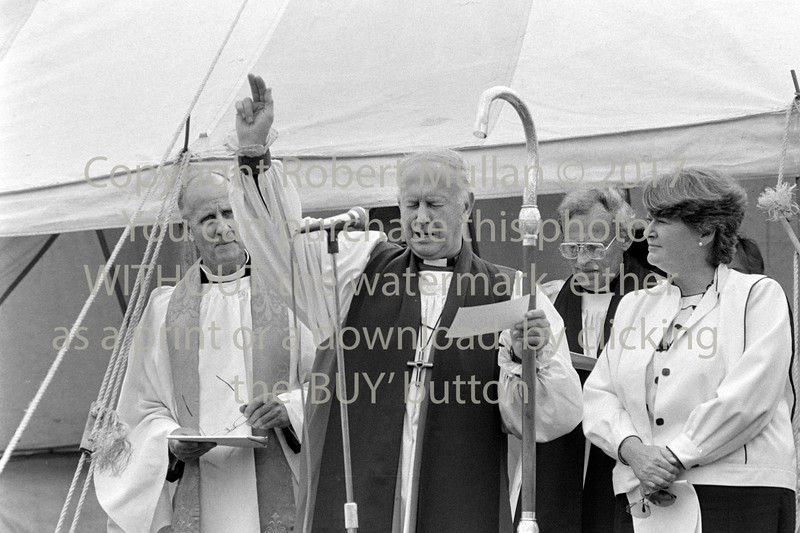 Rev Stanley Pettigrew, Dr Donal Caird and Minister for Education, Gemma Hussey at the turning of the sod for East Glendalough School, Wicklow - 1980s/90s