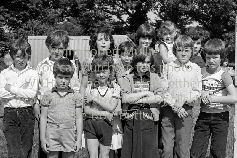 A group of youngsters.  Date unknown