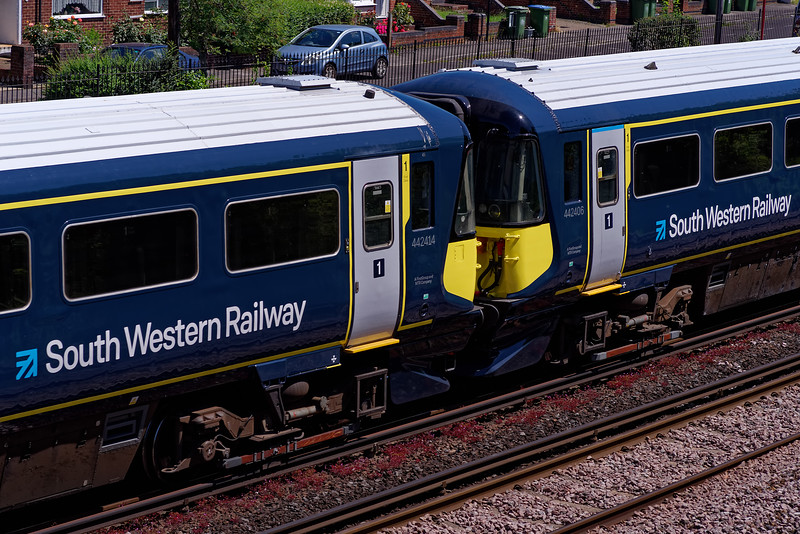 442414 and 442406 depart from Southampton, working 5Q30, the 10:25 Fratton CSD - Bournemouth T&RSMD crew training run on 4th July 2019.