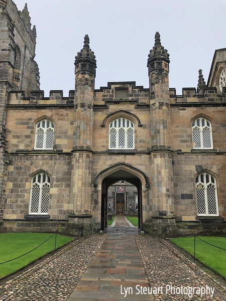 Entrance to the courtyard at King's College Chapel, University of Aberdeen