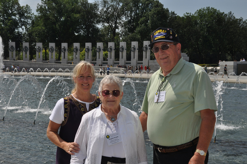 Karen Lilley with her parents, Phyllis and Bob Purple (A-346)