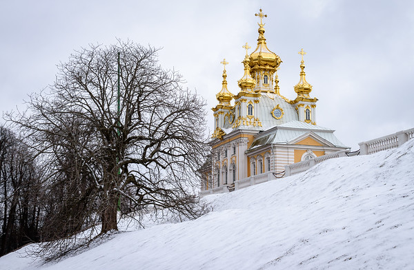 Church of the Grand Palace in the snow