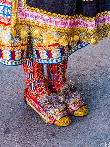 Traje de Lagarterana-Detalle del calzado