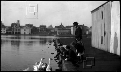 1920-5-Viðtjörnina-FinnjónGuðmMósesson