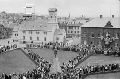 1944-lýðveldishát-gunnarRunar