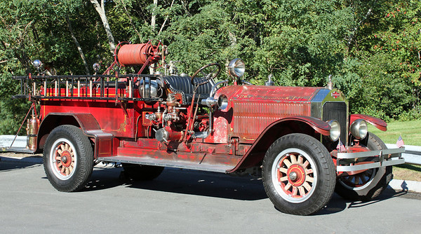 RETIRED  Narragansett 1928 American LaFrance