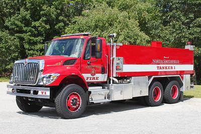 Tanker 1.  2009 International / Pierce   500 / 3000