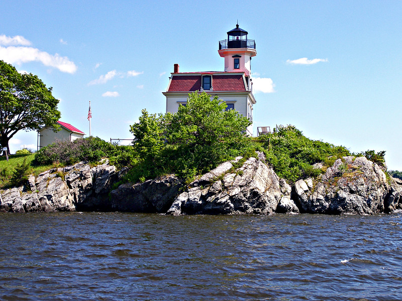 In a private ceremony on April 17, 2010 ExxonMobil donated the lighthouse to the Friends of Pomham Rocks Lighthouse in recognition of their hard work and determination.