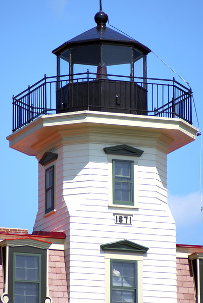 On December 1, 1871 Keeper C.H. Salisbury lit the fixed white 6th Order Fresnel lens for the first time.  The keeper's wife Mary applied for the appointment of Assistant Keeper in 1872 but was denied.  Also in 1872 the lights characteristic was changed from a fixed white light to a fixed red light.