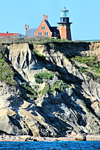 In 1873 the Light House Board approved plans to build a 1st Order lighthouse and fog signal station to be known as Block Island Southeast Light Station.  Construction of the station began in 1874.