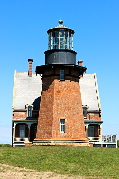Local citizens formed the Block Island Southeast Lighthouse Foundation to raise monies and save the light from certain doom.