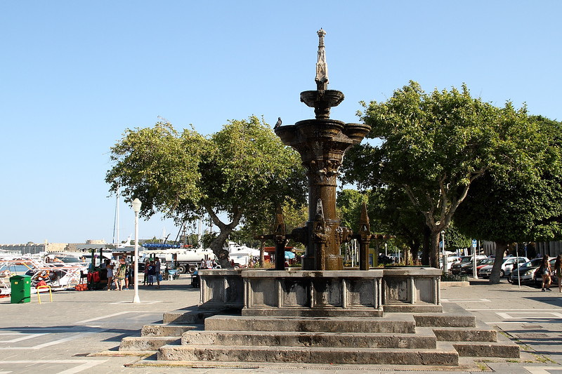 Waterfront fountain.