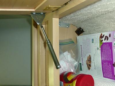 Overhead Cabinet Hardware1