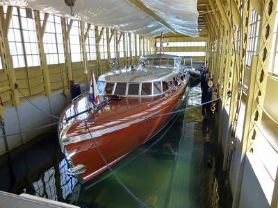 55' Teak / Mahogany Thunderbird Yacht