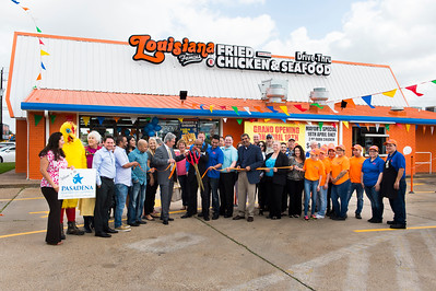 Louisiana Famous Fried Chicken_Ribbon Cutting_038