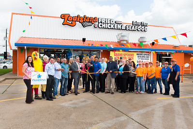 Louisiana Famous Fried Chicken_Ribbon Cutting_037