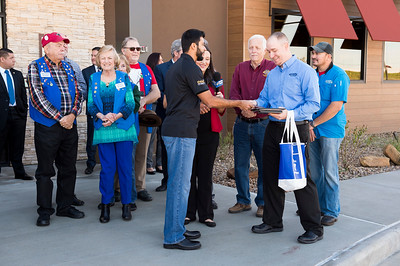 Outback Steakhouse_Ribbon Cutting_2017_016