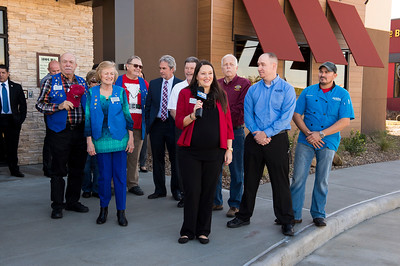 Outback Steakhouse_Ribbon Cutting_2017_002