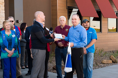 Outback Steakhouse_Ribbon Cutting_2017_010