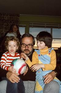 1975-04 Bonnie, Jonathan & Ernie
