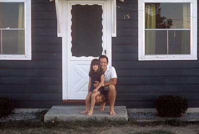 1975_08 Bonnie & John-2