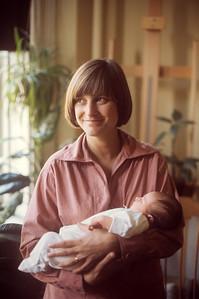 1976-04 Nicole & Nancy
