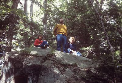 1977-06 Ernie, Jeanne & Bonnie