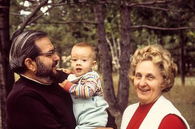 1977-09 Jon Broad, Ernie & Jeanne Ricca-2