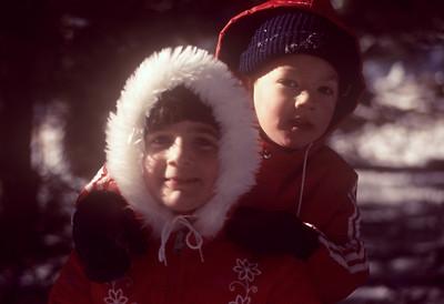 1977-01 Bonnie & Jonathan