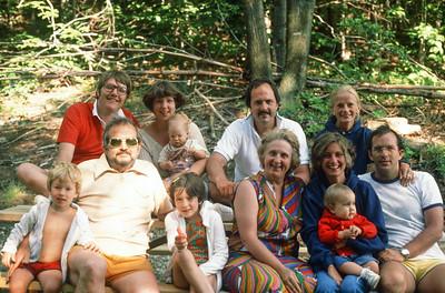 1977_ 07 Ricca Family